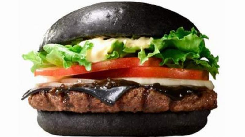 In giappone, Burger King fa i Black Cheese Burger  Panini neri?
